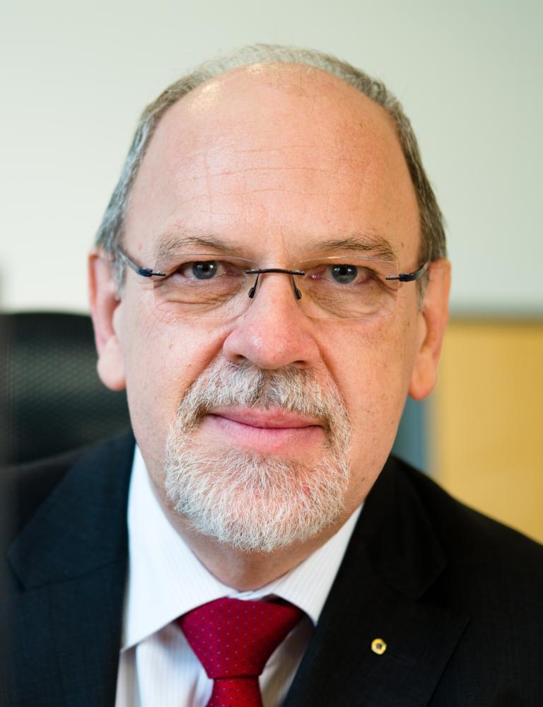 Dr. Rainer Döhl-Oelze